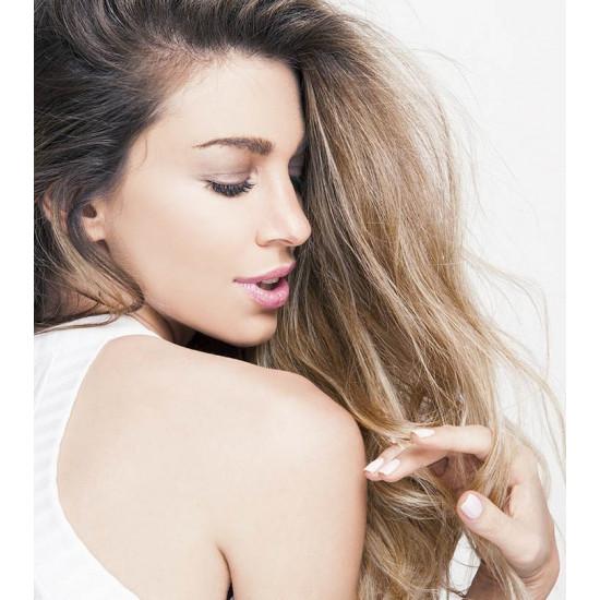 Viegls fluīds smalkiem matu galiem